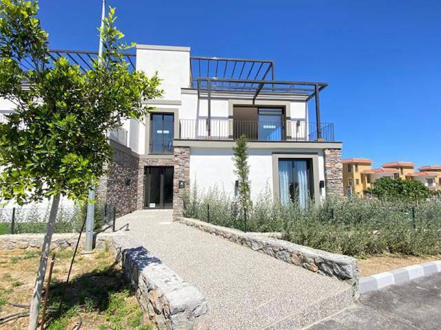 Alsancak'ta satılık bahçeli havuzlu penthouse, 182 m² - TEXT_photo 1