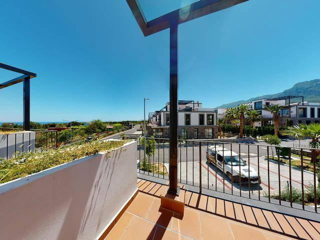 Alsancak'ta satılık bahçeli havuzlu penthouse, 182 m² - TEXT_photo 7