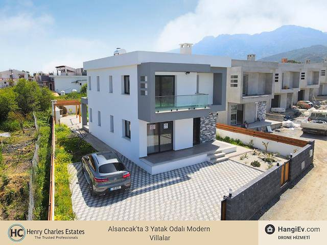 Alsancak'ta 3 Yatak Odalı Modern Villalar