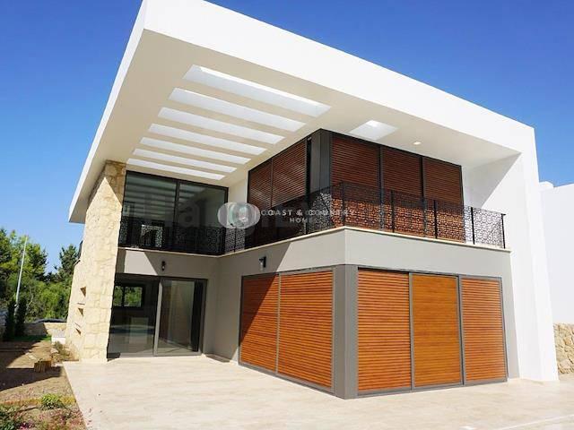 Alsancak'ta satılık bahçeli havuzlu villa, 210 m² - TEXT_photo 4