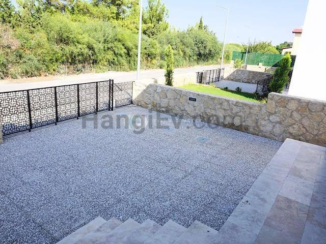 Alsancak'ta satılık bahçeli havuzlu villa, 210 m² - TEXT_photo 6