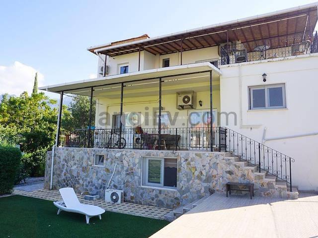 Girne Alsancak'ta satılık bahçeli şömineli villa - TEXT_photo 4