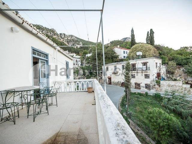 Girne Bellapais'te satılık özel havuzlu villa - TEXT_photo 4