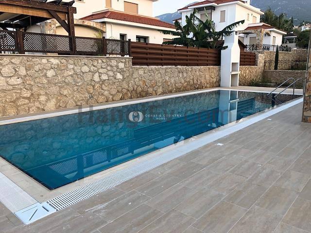 Girne Bellapais'te satılık bahçeli şömineli havuzlu villa - TEXT_photo 5