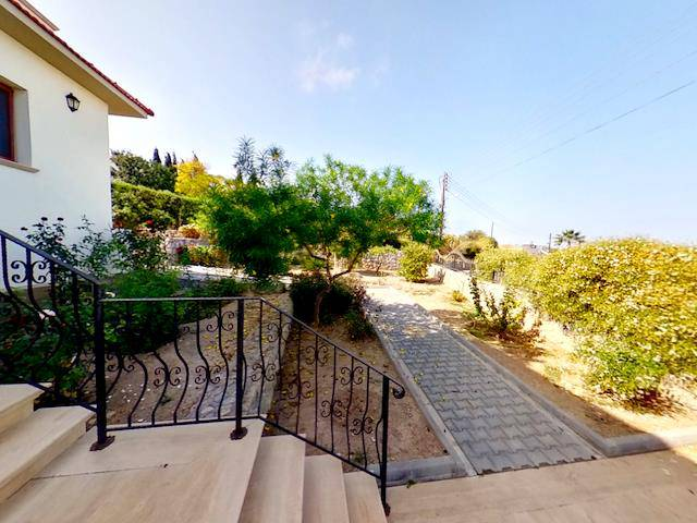 Girne Çatalköy'de satılık bahçeli şömineli villa - TEXT_photo 2