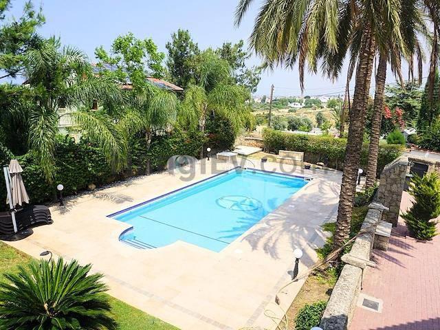 Girne Doğanköy'de satılık bahçeli şömineli özel havuzlu villa - TEXT_photo 2