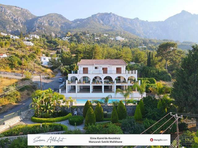 Girne Karmi'de satılık bahçeli şömineli özel havuzlu villa - TEXT_photo 1