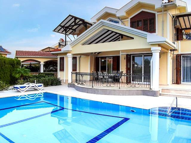 Girne Lapta'da satılık bahçeli şömineli özel havuzlu villa - TEXT_photo 4