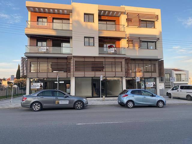 Lefkoşa Metehan Bölgesi'nde 2+1 , 80 m² Kiralık Ofis Katları 350 Stg