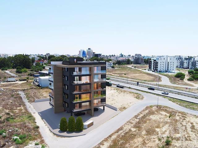 Lefkoşa Ortaköy'de satılık asansörlü 2+1 daire - TEXT_photo 2